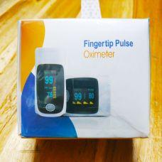 Máy Đo Nồng Độ Oxy Trong Máu Fingertip Pulse Oximeter