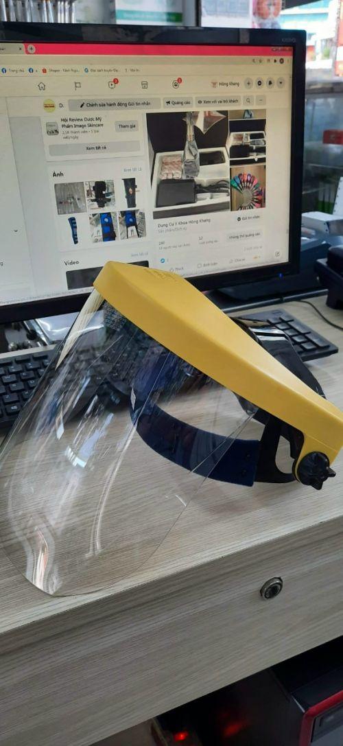 Tấm kính che mặt chống dịch – Face shield – Kính che mặt trong suốt – Tấm chống giọt bắn